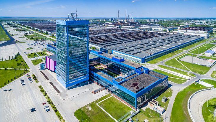 АвтоВАЗ остановит производство автомобилей на три недели