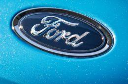Фотошпионы рассекретили интерьер и экстерьер нового Ford Focus ST