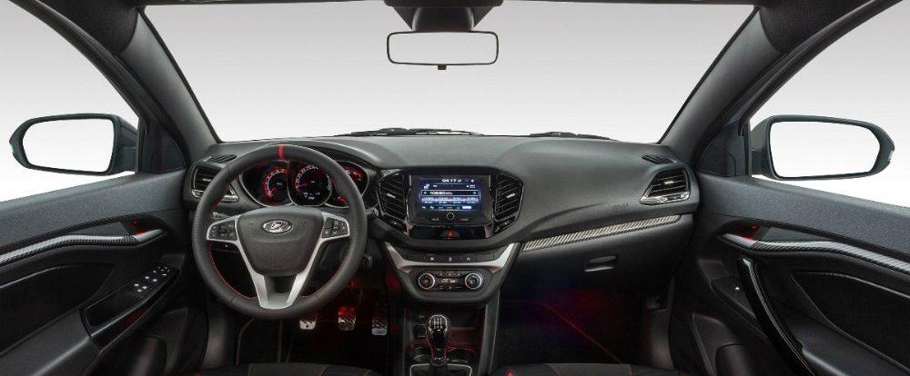 АвтоВАЗ получил «сотни предзаказов» на «заряженную» Lada Vesta
