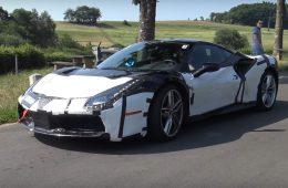 В Сети появились фотографии прототипа нового гибридного Ferrari
