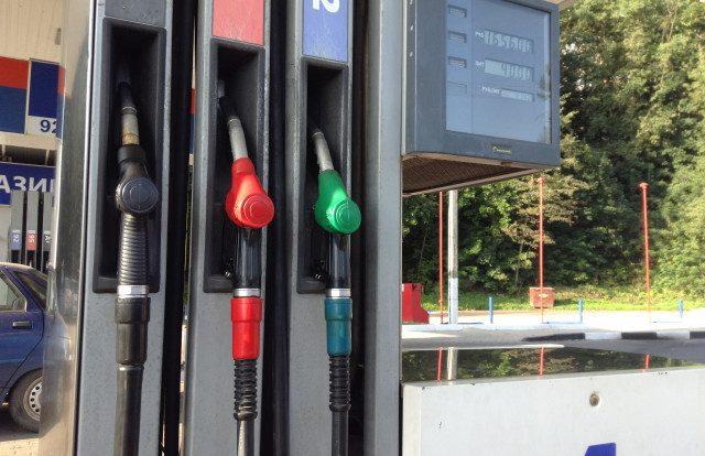 В Смоленске бензин стоит дешевле, чем в Беларуси