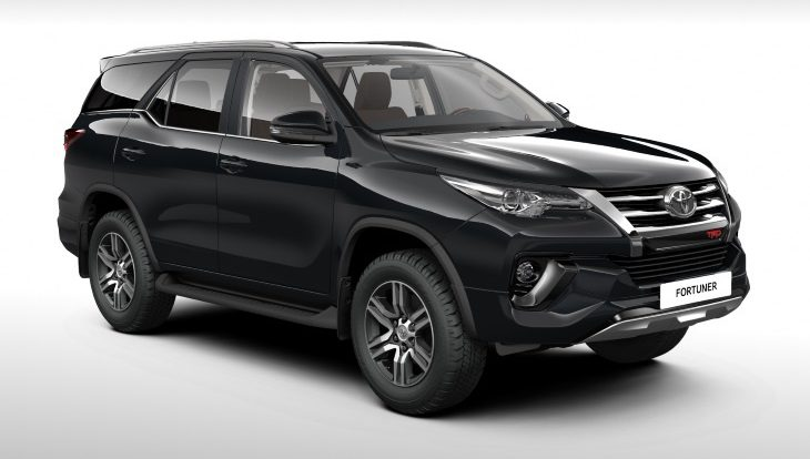 Новая версия внедорожника Toyota Fortuner вышла на российский рынок