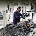 Концерн Volkswagen нашёл четырёх поставщиков батарей
