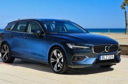 Новые модели Volvo S60 и V60 Cross Country выйдут на российский рынок летом 2019 года