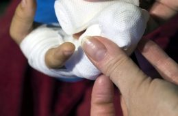Женщина за рулем Ford сбила ребенка в Смоленске