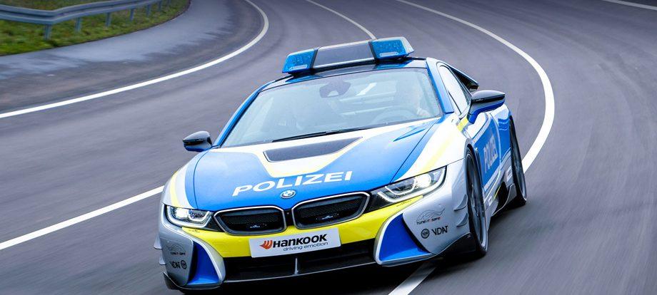 Ателье AC Schnitzer построило полицейский гибрид BMW i8