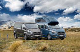 Ford выпустил Transit с туалетом, кухней и диванами