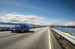 «Трешка» BMW вышла на российский рынок