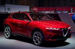 Компакт Alfa Romeo Tonale станет первым гибридом марки