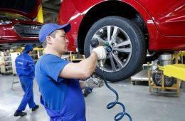 Автопрому в России разрешат выбирать детали. Новая идея господдержки