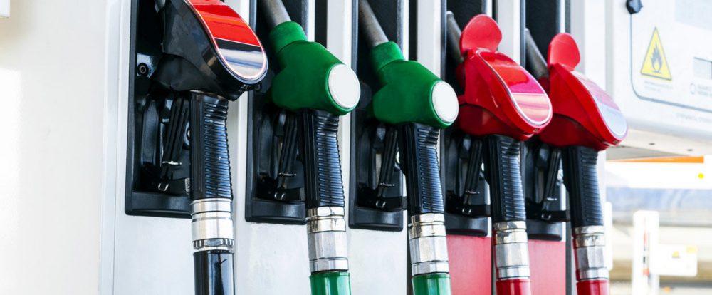 Автомобили Aurus пообещали сделать дешевле
