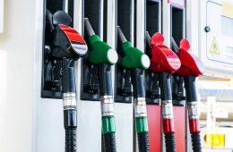 Покупатели бензина смогут проверять его качество и точность налива