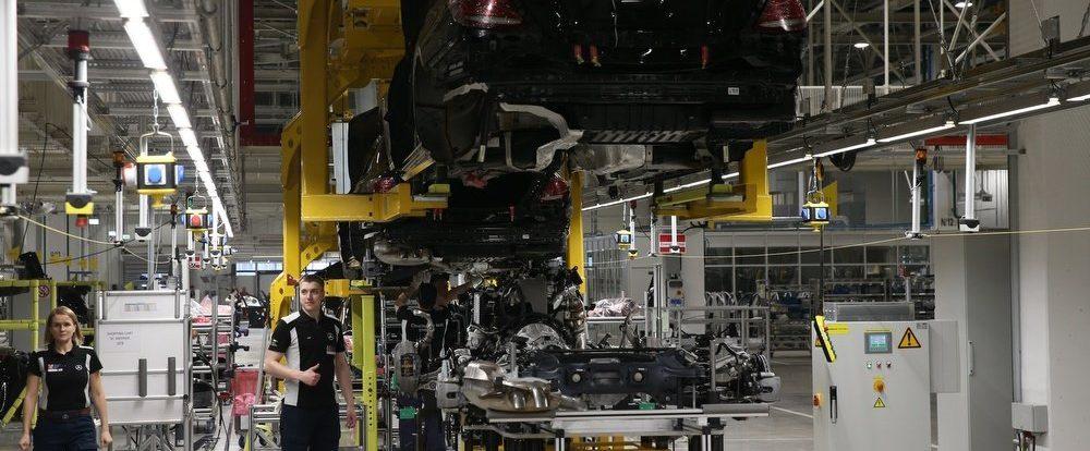 Подмосковные Mercedes будут ездить на немецких двигателях