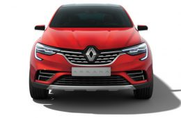 Появилась новая информация о кроссовере Renault Arkana для России