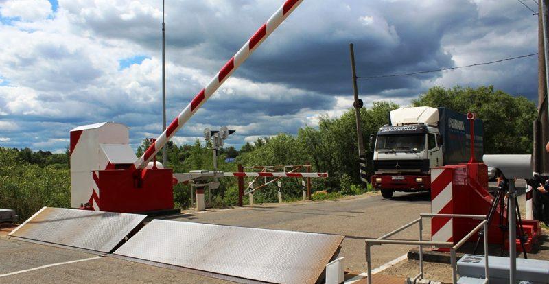 Утреннее ДТП осложнило движение транспорта в Смоленке