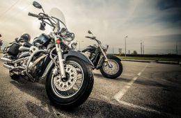 Мотоциклист пострадал в ДТП с иномаркой в Рославле