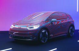 Volkswagen объявил о старте приема заказов на электрический хэтчбек ID.3