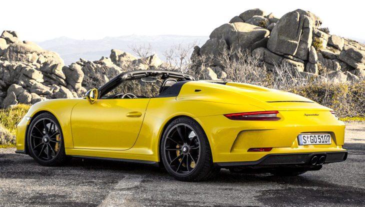 Спорткар Porsche 911 Speedster за 21 681 000 рублей поступил в продажу