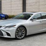 В России отзывают седаны Lexus LS из-за дефектных шин