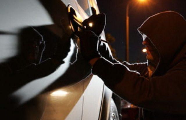 Безработный смолянин украл автомобиль, чтобы доехать до знакомого