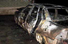 В Смоленске автомобиль оказался во власти огня