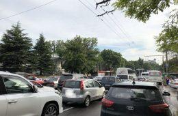 ДТП стали причинами пробок на мостах в Смоленске
