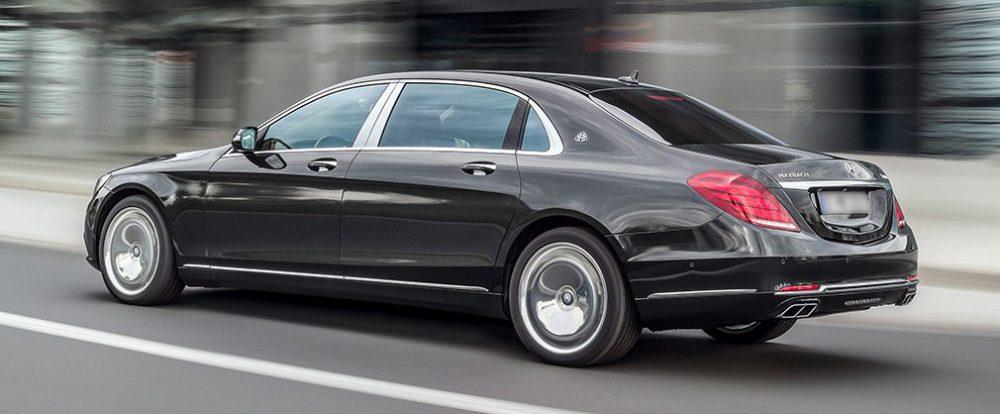 В Москве сотрудник мойки угнал с работы Mercedes-Maybach