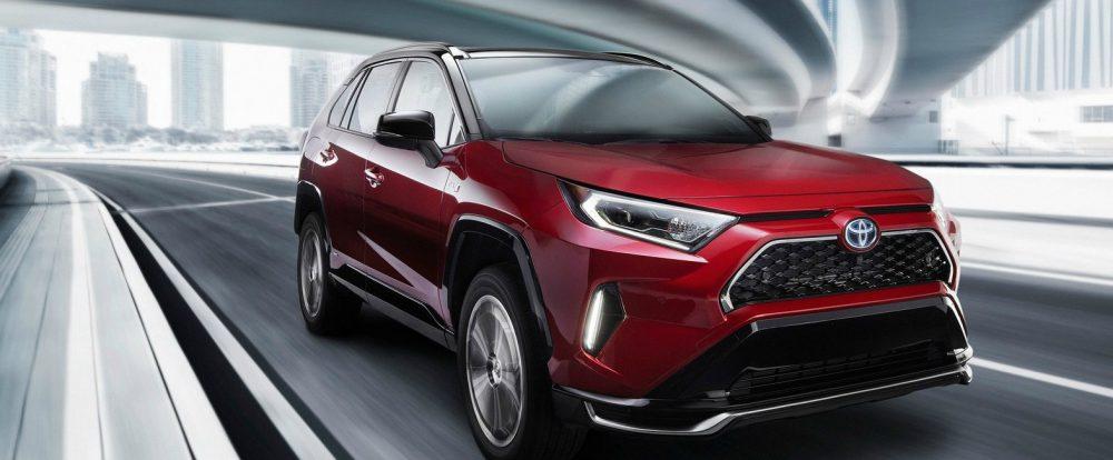 Toyota официально представила самый мощный кроссовер
