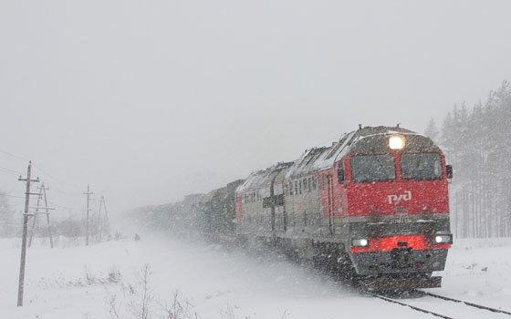 18 единиц спецтехники будут очищать железнодорожные пути в Смоленской области от снега