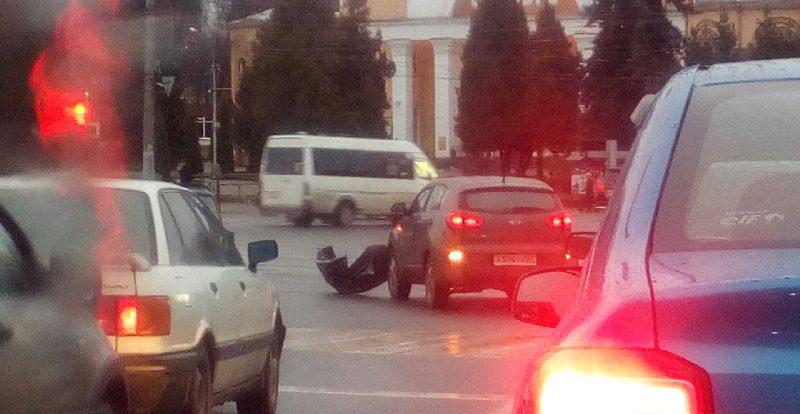 «Утро недоброе». В Смоленске несколько ДТП «парализовали» центр города