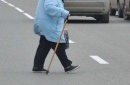 В смоленском райцентре пенсионерка попала под колеса «ИЖ»