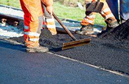 В Смоленске выбраны подрядчики для ремонта дорог в 2020-м