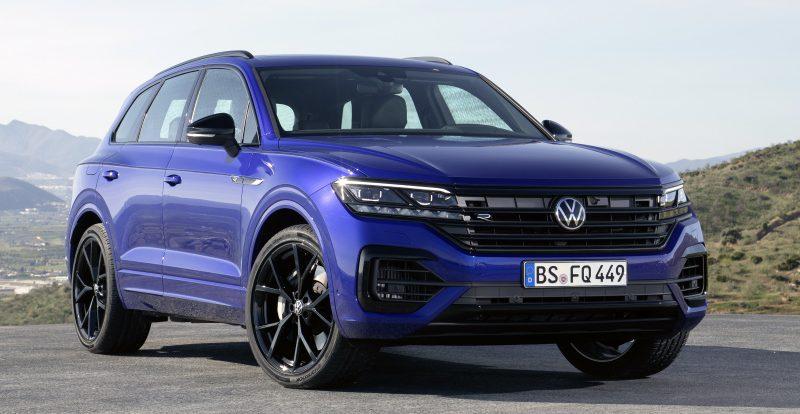 У кроссовера Volkswagen Touareg появилась мощная R-версия