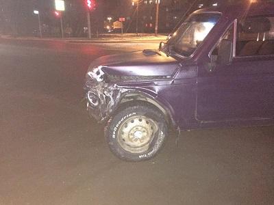 В Смоленской области в массовом ДТП пострадала пассажирка стоявшей машины