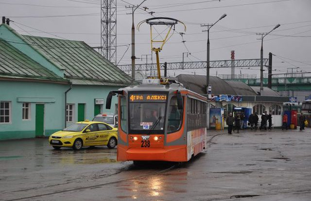 Медгородок в Смоленске «встал» в пробку из-за ДТП