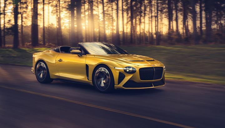 Bentley показала эксклюзивный родстер за 127 млн рублей