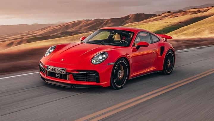 Porsche 911 Turbo S получил новые пакеты опций