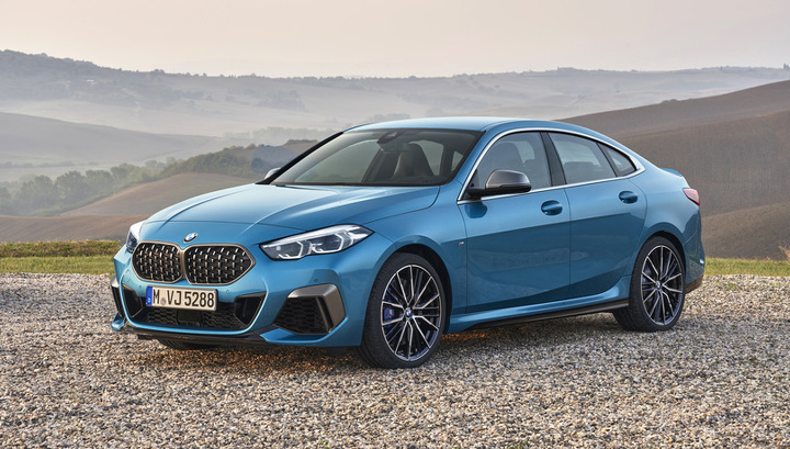 Новые «двойки» BMW уже зазывают на сервис