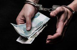 Смоленский водитель может на восемь лет лишиться свободы из-за своей настойчивости