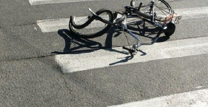 В Смоленске на «зебре» сбили велосипедиста