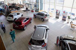 В первом полугодии 2020-го продажи автомобилей в России упали на четверть