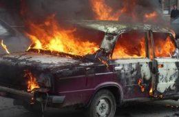 В Смоленской области на дороге загорелся автомобиль