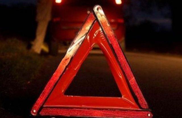 Автомобиль Mitsubishi Lancer попал в кювет в Смоленском районе