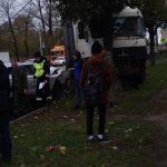 В Смоленске произошло массовое ДТП с участие фуры. Есть пострадавший
