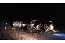 Иномарка и отечественный автомобиль не поделили дорогу в Смоленске