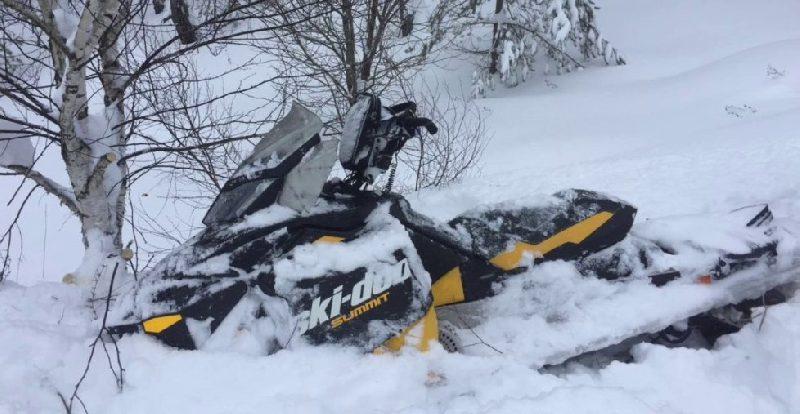 В Смоленской области погиб водитель снегохода