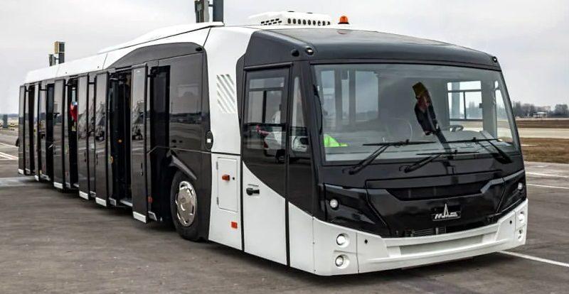 МАЗ привез в Россию необычный автобус специального назначения