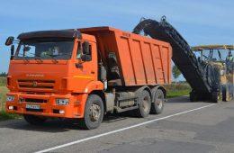 В Гагаринском районе по нацпроекту отремонтируют две дороги