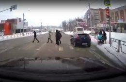 Смоленские полицейские нашли и оштрафовали автохама, грубо нарушившего ПДД