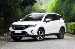 Доступный и в России GAC GS5 разжалован в GS4, чтобы помочь младшему SUV вернуть былую славу